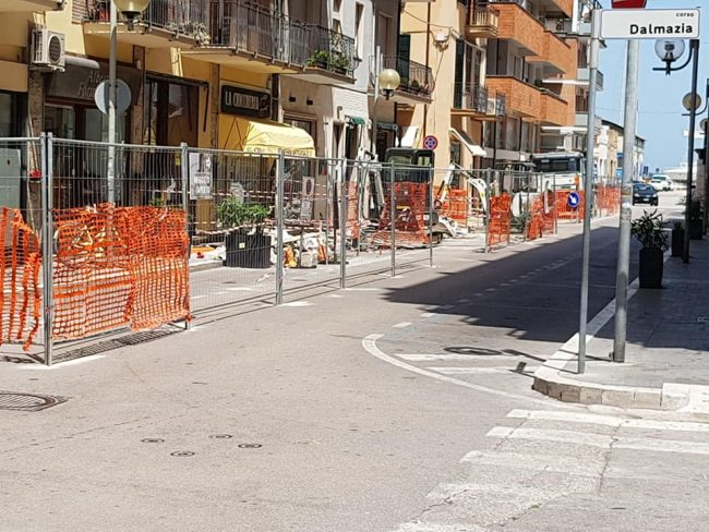 lavori-via-duca-abruzzi-1-650x488