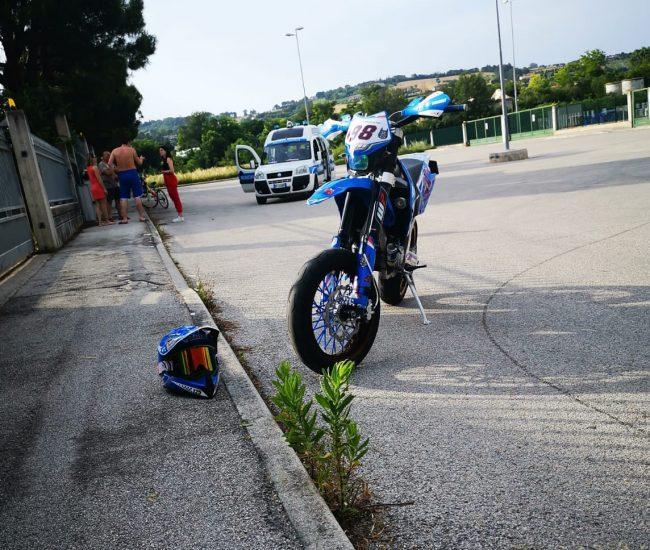 moto-corsa-clandestina-1-e1560617381347-650x550
