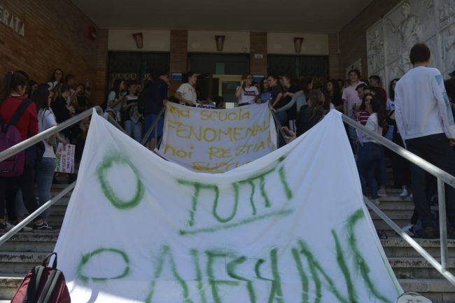 protesta-studenti-galilei-5-650x433