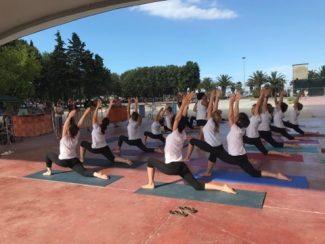 yoga-1-1-325x244