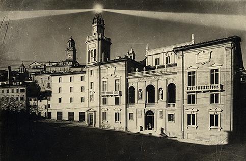 LANTERNA-SULLA-TORRE-LITTORIA-IN-P-MAZZINI-NEL-1936