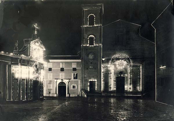 NOTTURNO-piazza-strambi-1940