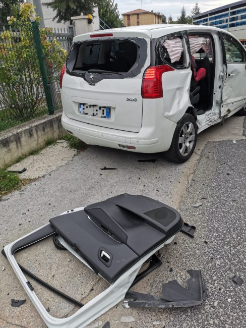 incidente-recanati5_censored-488x650