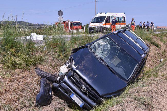 incidente-strada-regina-potenza-picena-FDM-2-650x433