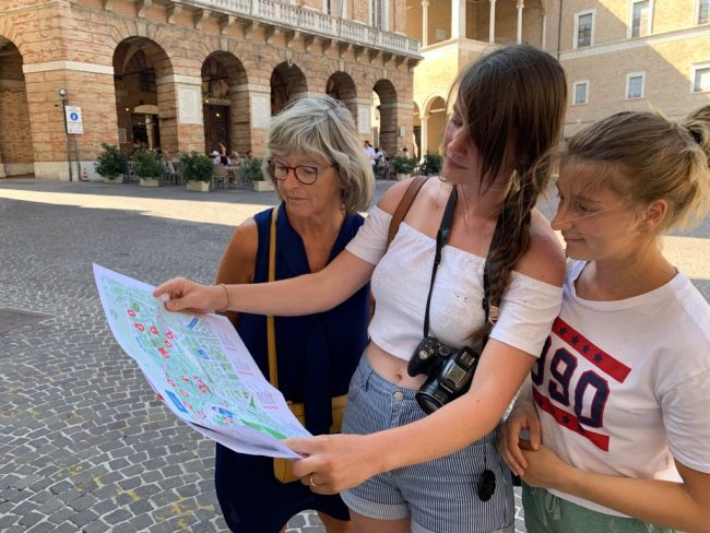 Turisti_francesi_Macerata