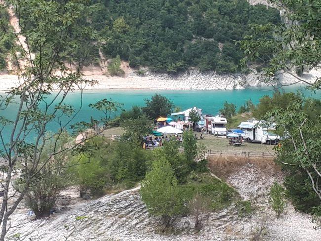 campeggio-lago-fiastra