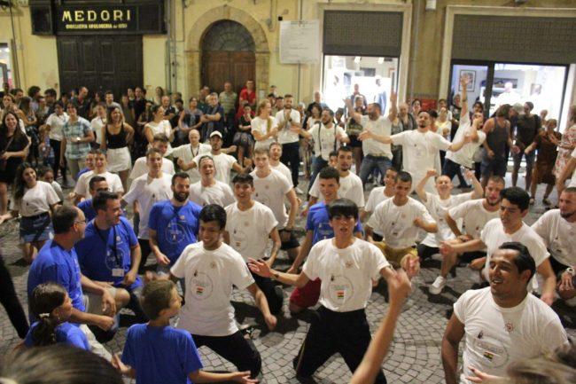 folclore-piazza-battisti-14-650x433