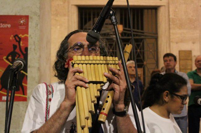 folclore-piazza-battisti-15-650x433