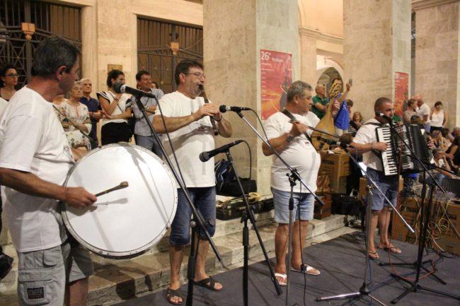 folclore-piazza-battisti-19-650x433