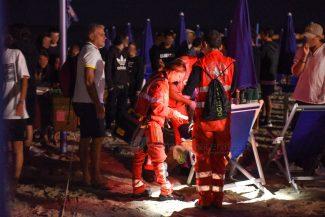 notte-di-ferragosto-intervento-ambulanza-civitanova-FDM-19-325x217