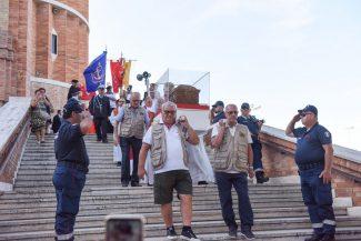 processione-in-mare-di-san-marone-civitanova-FDM-7-325x217