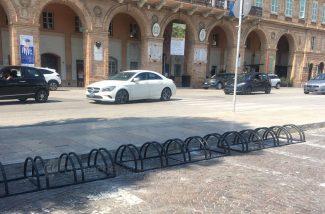 rastrelliera-biciclette-piazza-xx-settembre-civitanova-2-325x214