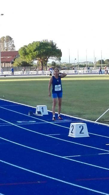 Emanuela-Stacchietti-ai-blocchi-della-finale-dei-400-metri-365x650