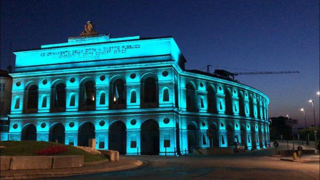Sferisterio-illuminato-azzurro
