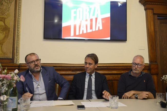 forza-italia-macerata-7-650x434