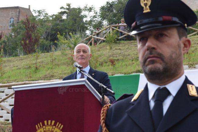 intitolazione-piazzale-antiochia-polizia-gabrielli-recanati-FDM-14-650x434