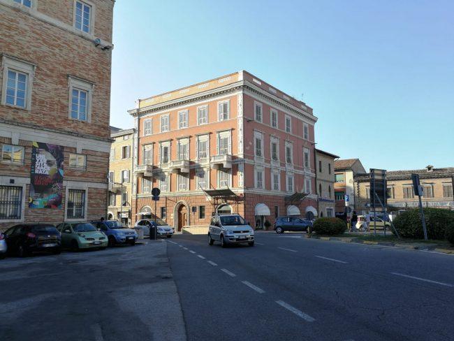 piazza-garibaldi-macerata-4-650x488