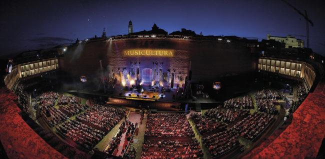 Arena-Sferisterio-Musicultura-Panoramica_2-650x318