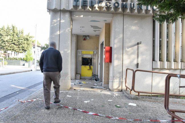 assalto-bancomat-ufficio-postale-montecosaro-FDM-1-650x433
