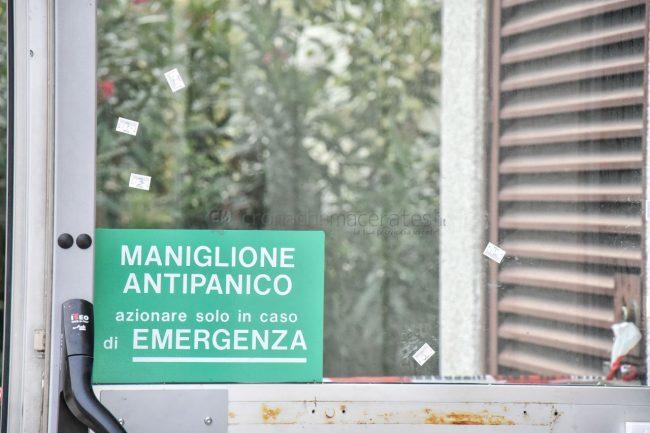assalto-bancomat-ufficio-postale-montecosaro-FDM-6-650x433