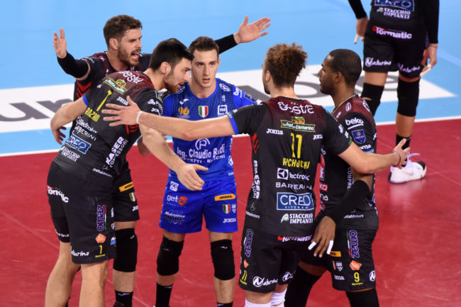 lube-volley-gas-sales-piacenza-FDM-10-650x433