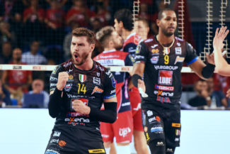 lube-volley-gas-sales-piacenza-FDM-12-325x217