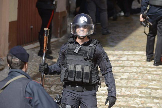 tolentino-barricato-casa-preso-2-650x433