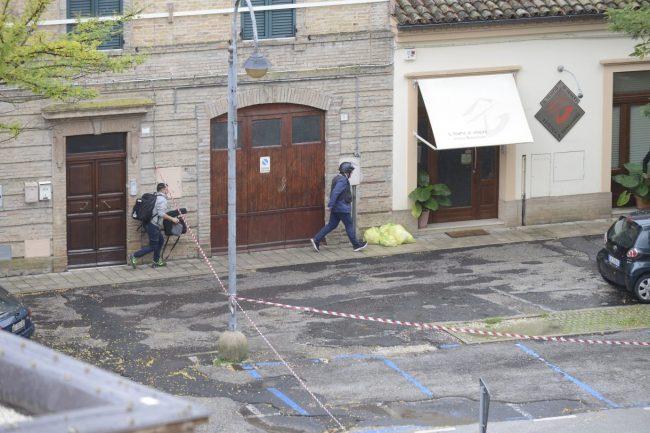 tolentino-barricato-in-casa15-650x433