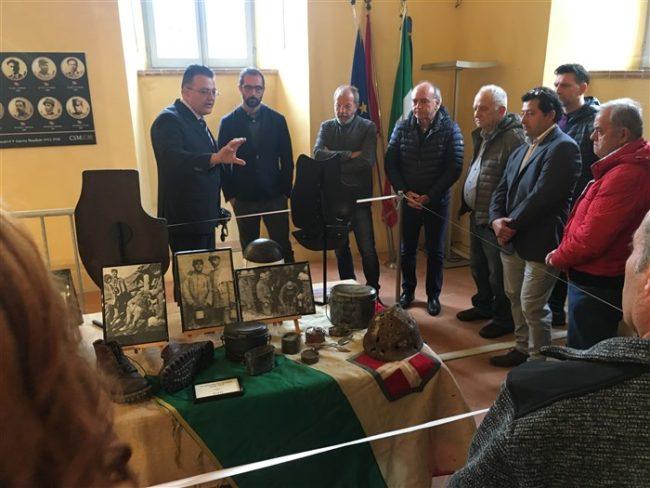 Cerimonia-a-Montecosaro-caduti-Grande-Guerra-4-650x488