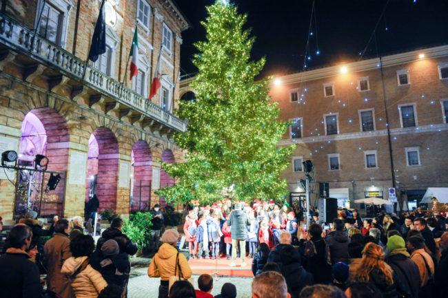 Natale_AccensioneLuci_FF-19-650x433