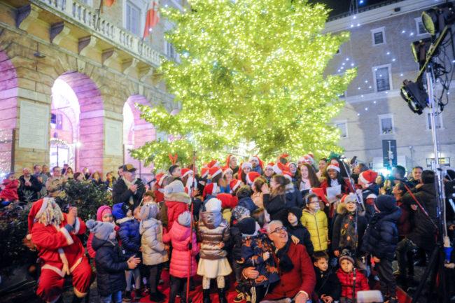 Natale_AccensioneLuci_FF-6-650x433