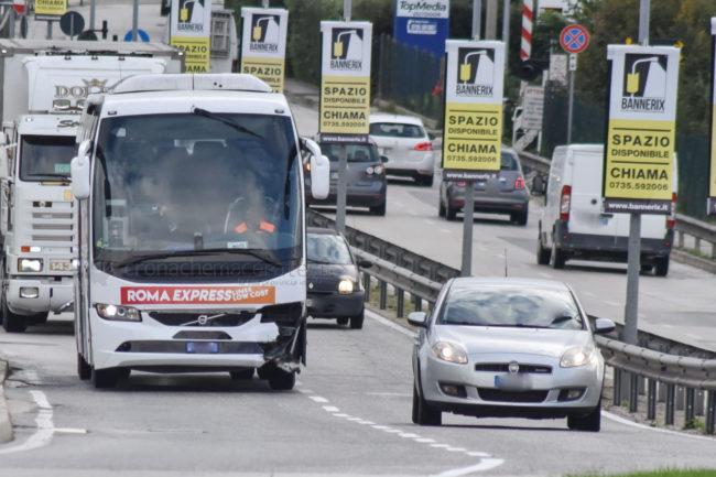 auto-conto-bus-autostrada-a14-civitanova-FDM-7-650x433