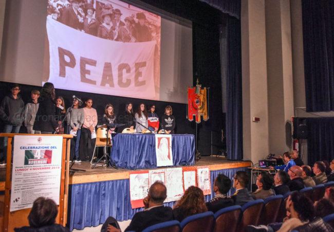 celebrazione-4-novembre-studenti-civitanova-FDM-3-650x451