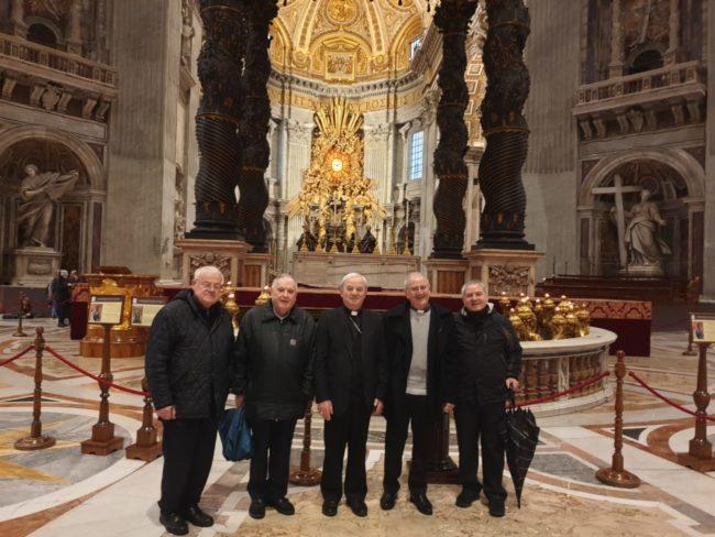 concelebrazione-a-santa-marta-con-papa-francesco-50-anni-di-presbiterato-22-650x488