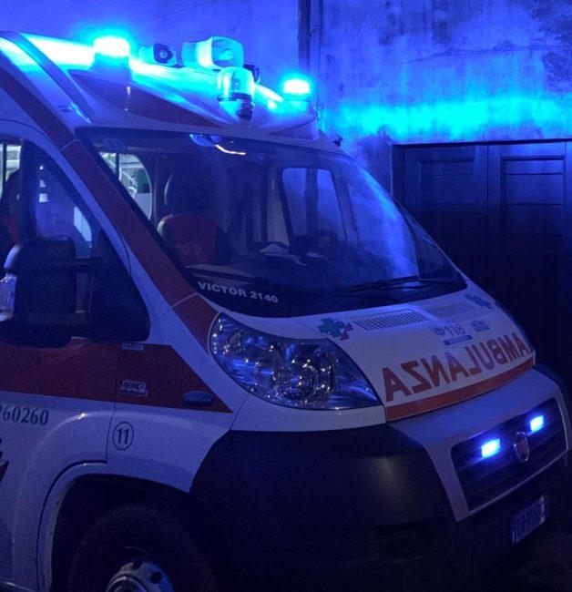 118-ambulanza-archivio-arkiv-notte-628x650