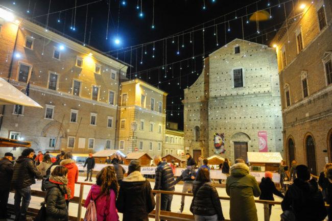 Natale2019_PistaGhiaccio_FF-8-650x433