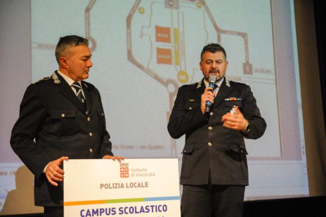 Scuola_ExCasermette_IncontroGenitori_FF-10-650x433