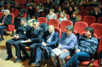 Scuola_ExCasermette_IncontroGenitori_FF-3-325x216