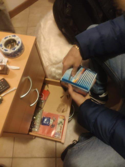 arresto-18enne-camerino-hashish-droghe-sintetiche-10-488x650