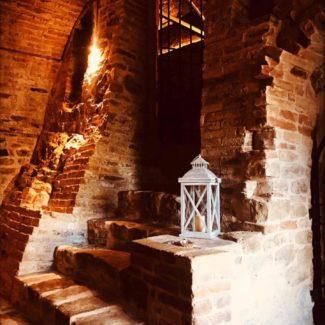 le-segrete-di-palazzo-Urbani-monte-san-martino-3-325x325