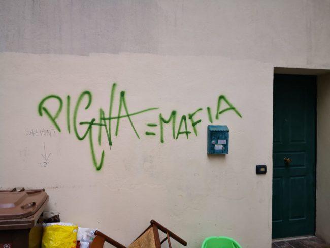 scritte-pignataro-centro-macerata-7-650x488