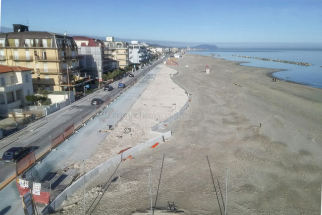 lavori-lungomare-nord-spiaggia-libera-fontespina-civitanova-FDMup