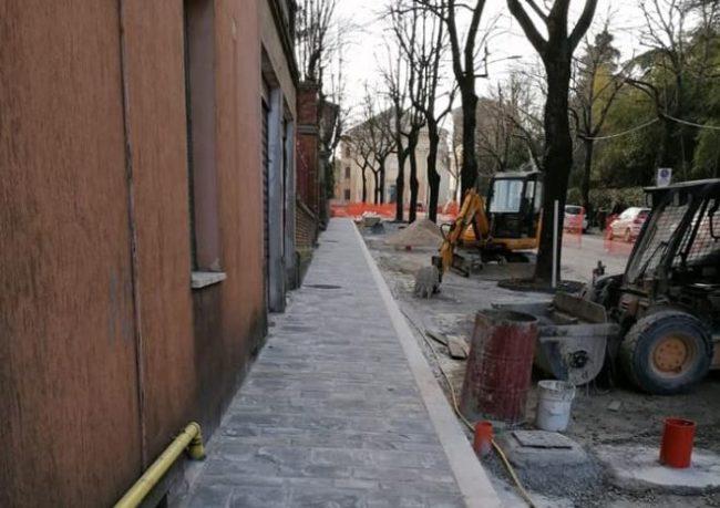 viale_martiri_libertà_macerata_foto_strada_comune