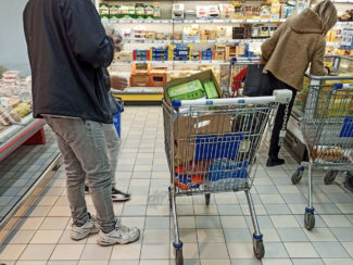 assalto-supermercati-coronavirus-civitanova-4-325x244