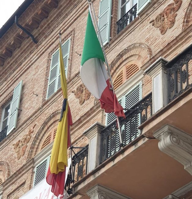 bandiera-a-lutto-civitanova-e1585336115272-628x650