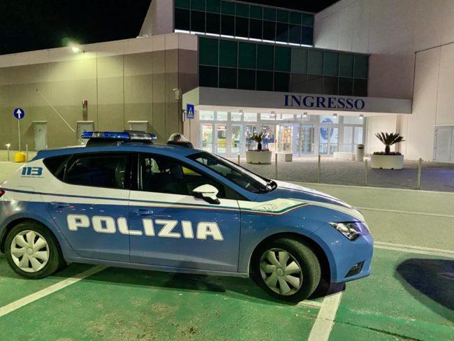 centro-commerciale-cuore-adriatico-polizia-carabinieri-1-650x488