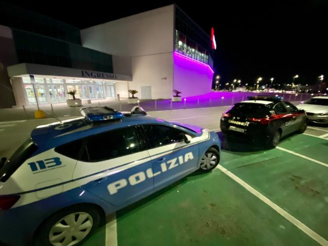 centro-commerciale-cuore-adriatico-polizia-carabinieri-2-650x488