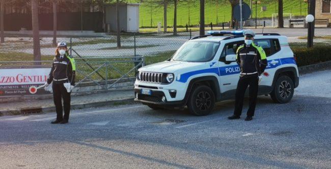 controlli-decreto-san-severino-carabinieri-municipale-4-650x332