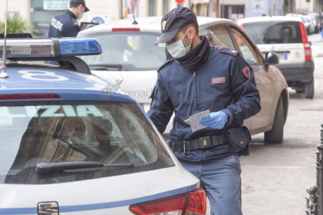controlli-polizia-commissariato-civitanova-coronavirus-FDM-2-650x433