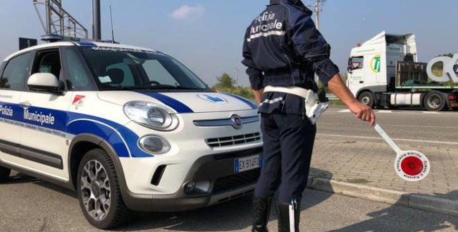 controlli-polizia-locale-potenza-picena-e1585504158718-650x329